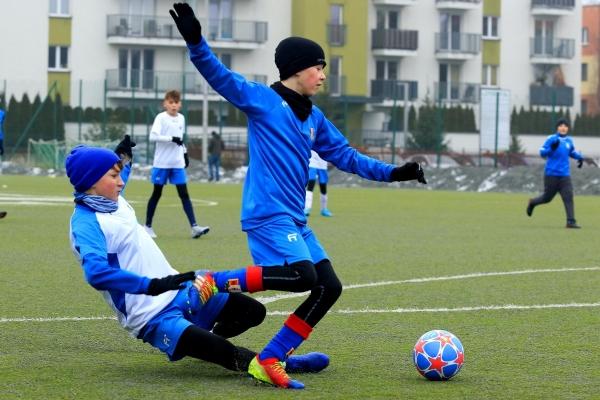 Młodzicy: MKS Iskra Pszczyna - Akademia Piłkarska Unia Oświęcim 24.01.2020