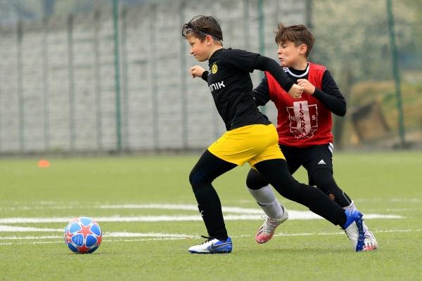 Młodzicy młodsi: MKS Iskra Pszczyna - Akademia BVB 01.05.2021